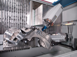 The CHIRON MILL 2000 features a new high dynamics drive for optimum large component machining.