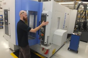 (Pic reference ETG – Bowmill PR 4) This Chiron FZ15 cell is fully automated with a FlexCell Uno system.